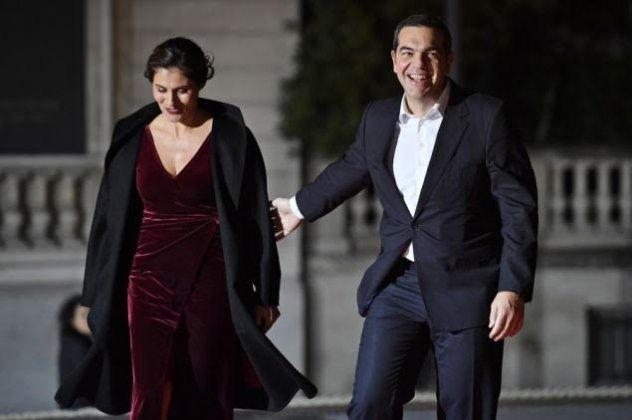 i-peristera-mpaziana-me-ton-aleksi-tsipra-se-gephma