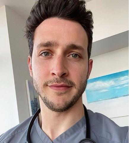 σάλος με τον πιο σέξι γιατρός του κόσμου