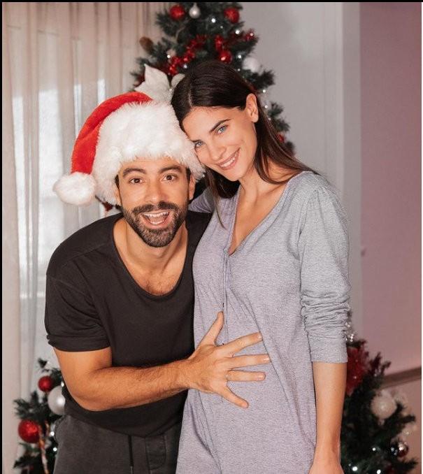 έγκυος η χριστίνα μπόμπα περιμένει δίδυμα