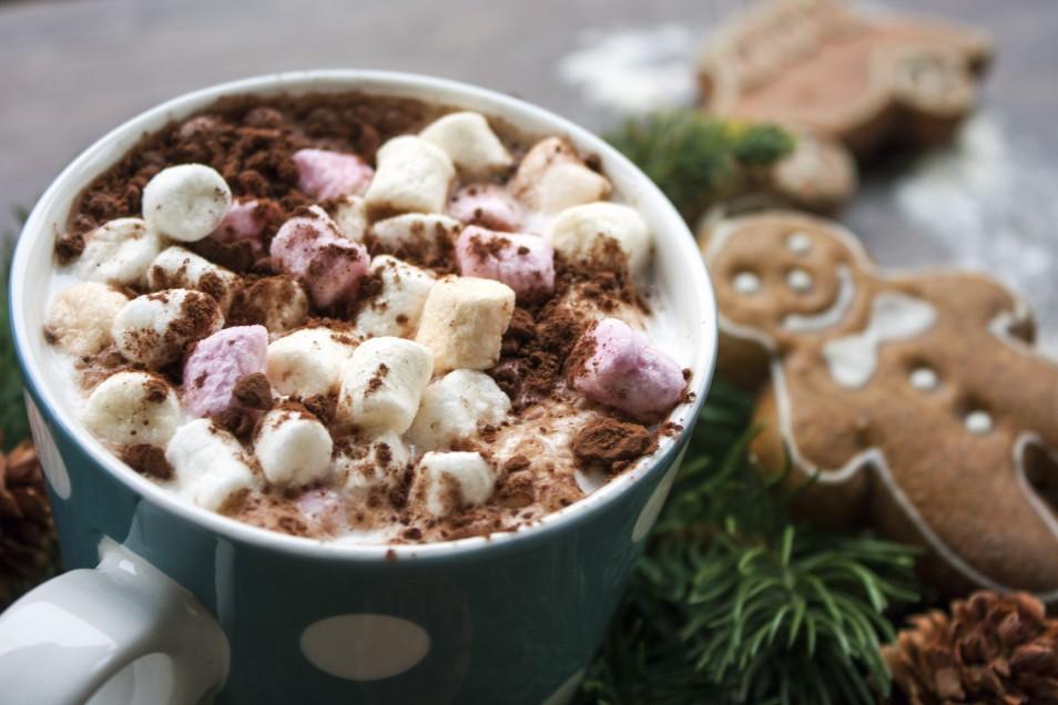ζεστή σοκολάτα με marshmallows