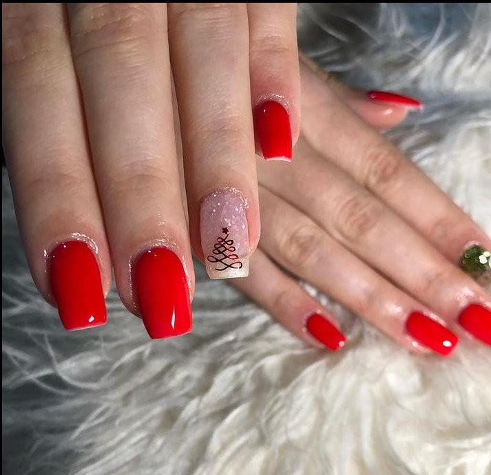 red manicure για εντυπωσιακή εμφάνιση