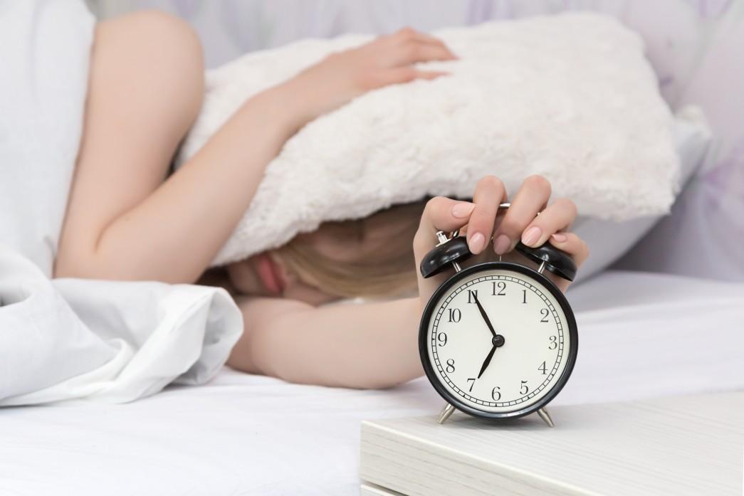 μην πατάς αφύπνιση στο πρωινό ξύπνημα