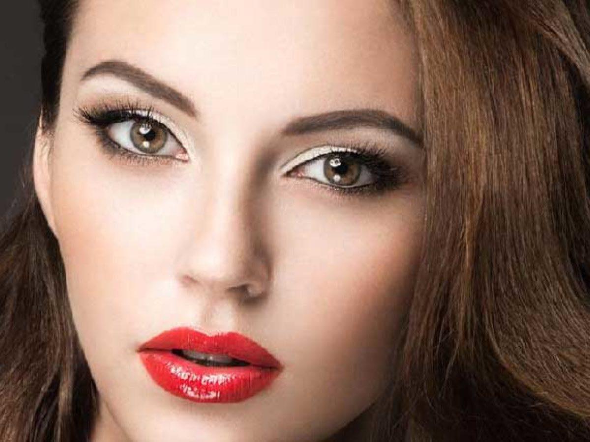 Αν έχεις αμυγδαλωτά μάτια αυτό είναι το κατάλληλο make up ανάλογα το σχήμα των ματιών μας