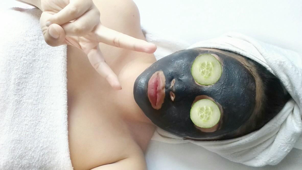 detox μάσκα προσώπου με κακάο και μέντα