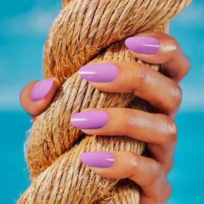 lilac nails trend άνοιξη